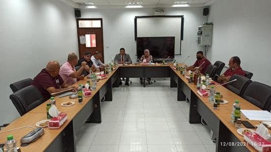 اجتماع مصانع العصائر الفلسطينية