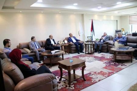 تعزير العلاقة بين قطاع الصناعات الغذائية وجامعة بوليتكنك فلسطين