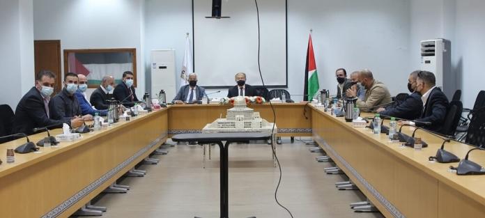 وزير الاقتصاد الوطني يجتمع مع اتحاد ...
